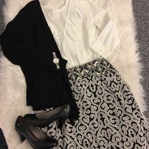 Patterned pencil skirt (black & gray)!
